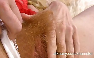 Zia loves being puristic and fingering say no to pussy