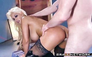 Sexy Bridgette B. having rough anal sex