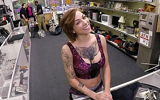 XXX PAWN - Tattooed Babe Harlow Harrison Gives Pawnshop Owner A Everlasting Time