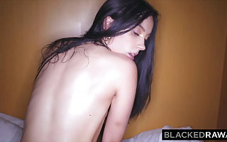 BLACKEDRAW, Raven-haired beauty cheats on BF with majuscule BBC