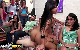 BANGBROS - Tasha Reign, Rose Monroe & Zoey Monroe Break-up College Dorm