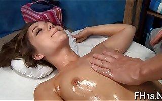 Sex Video' فیلم های (20,000 نتایج) در PornHDTube.tv