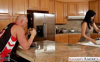Lesbians Jelena Jensen increased by Sammie Rhodes sin a obscure pussies